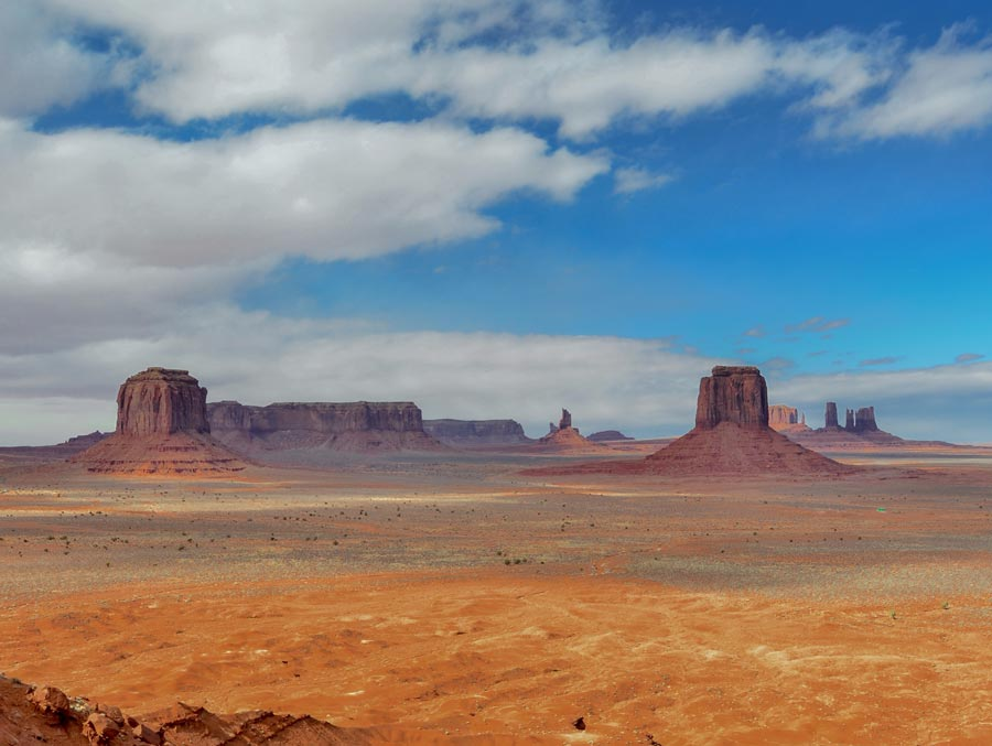 5º dia - Grand Canyon / Tusayan - Monument Valley – Kanab / Kanab (600 km – 06:30hs)